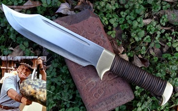 Crocodile Dundee Hunter Knife Picture.  From the Movie Crodile Dundee.